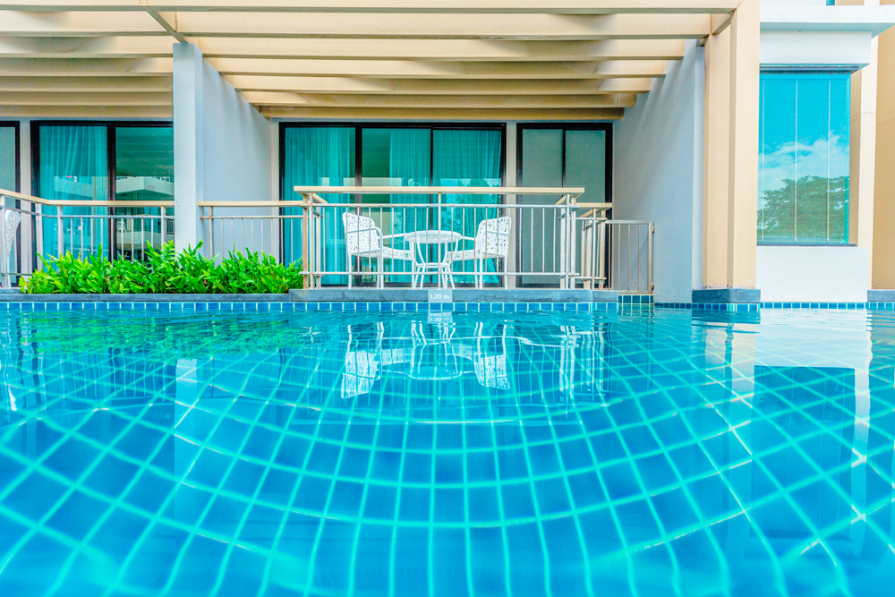 Pool Access 01