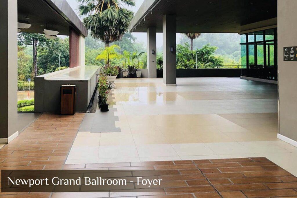 Newport-Grand-Ballroom-Foyer 01