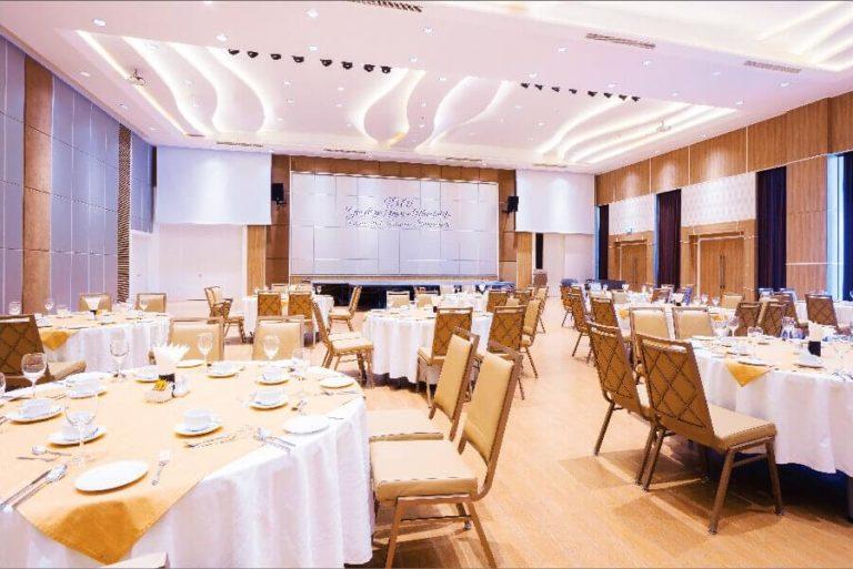 Newport Grand Ballroom 01